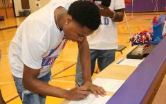 Coleman accepts scholarship to University of Illinois at Chicago